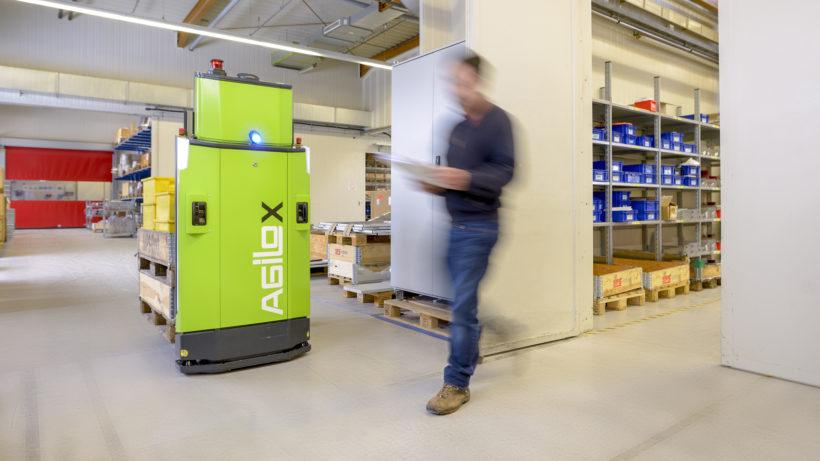 Der Agilox-Roboter im Einsatz © AGILOX Systems GmbH, David Katouly
