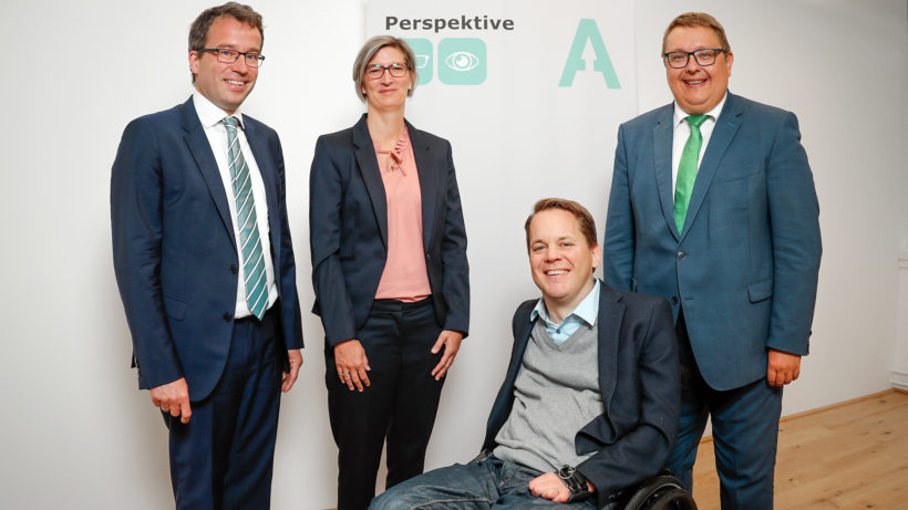 Johannes Kopf (AMS), Caroline Wallner-Mikl (Rewe), Greor Demblin (myAbility) und Martin Graf (Energie Steiermark). © Lukas Ilgner