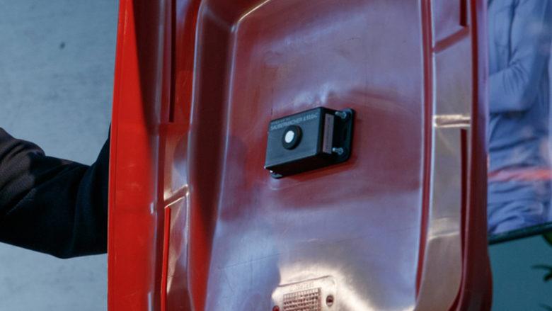 Sensor ANDI an der Mülltonne. © Scheriau