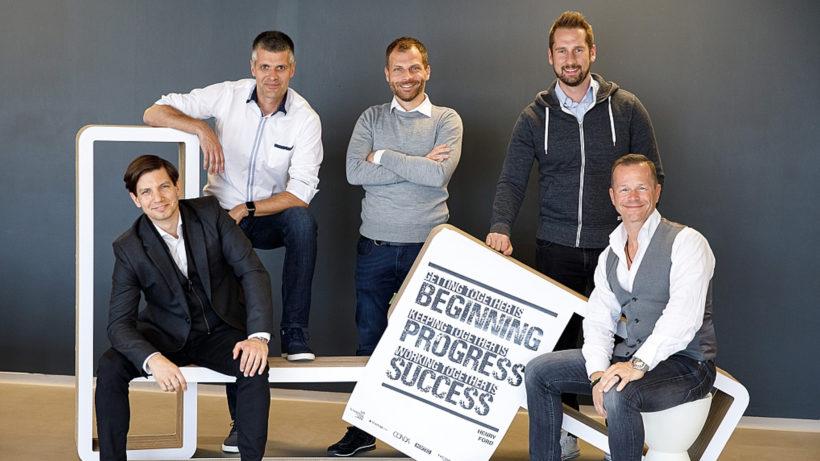 Oliver Csendes (COO), Michael Eisler (CEO), Jerolim Filippi (CGO), Daniel Horak (CSO) und Bernhard Lehner (CMO) von startup300. © startup300