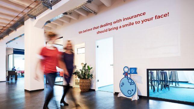 Versicherungen sollen für ein Lächeln sorgen. ©Friendsurance