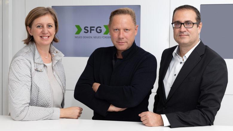 Wirtschaftslandesrätin Barbara Eibinger-Miedl, Business Angel Herbert Gartner und SFG-Geschäftsführer Christoph Ludwig. © Harry Schiffer