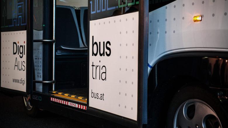Der Digibus bei einer Fahrt am ÖAMTC-Testgelände in Teesdorf. © Trending Topics