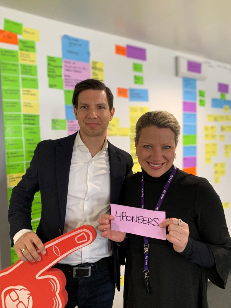 Oliver Csendes, COO startup300 AG, und Nina Kaiser, 4Gamechangers Geschäftsleiterin. © startup300
