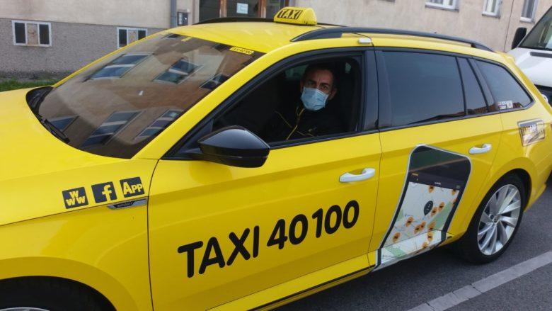 © Taxi 40100