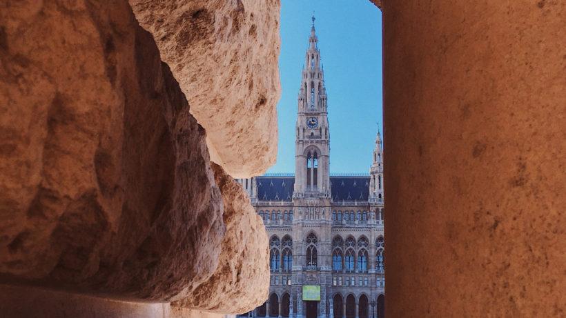 Rathaus der Stadt Wien. © Photo by 30daysreplay (PR & Marketing) on Unsplash