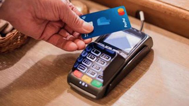Die PayPal-Karte von Mastercard. © Mastercard