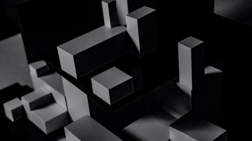 Blocks. © Esther Jiao on Unsplash