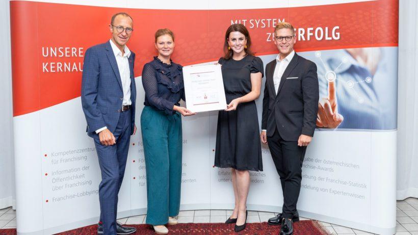 Andreas Haider (ÖFV Präsident), Barbara Steiner, (ÖFV Generalsekretärin), Magdalena Mathoi, Johannes Braith (beide Storebox). © ÖFV