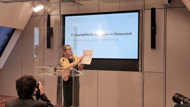 Wirtschaftsministerin Margarete Schramböck (ÖVP). © Trending Topics / Oliver Janko