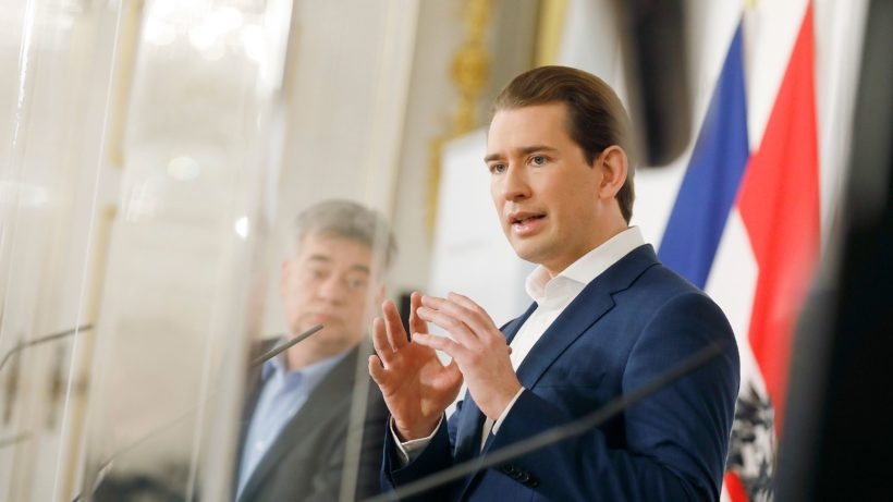Vizekanzler Werner Kogler und Bundeskanzler Sebastian Kurz. © Dragan Tatic/BKA