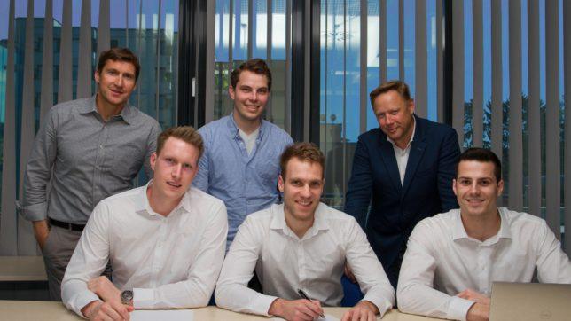 Die drei Xaleon-Gründer Mathias Holzinger, Markus Wagner und Horst-Georg Fuchs (vorne) mit den drei eQventure-Lead-Investoren Franz Fuchsberger, Markus Presle und Herbert Gartner. © Xaleon