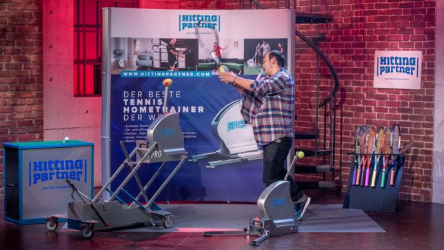 Hittingtrainer ermöglicht Tennistraining zuhause ©PULS 4_Gerry Frank