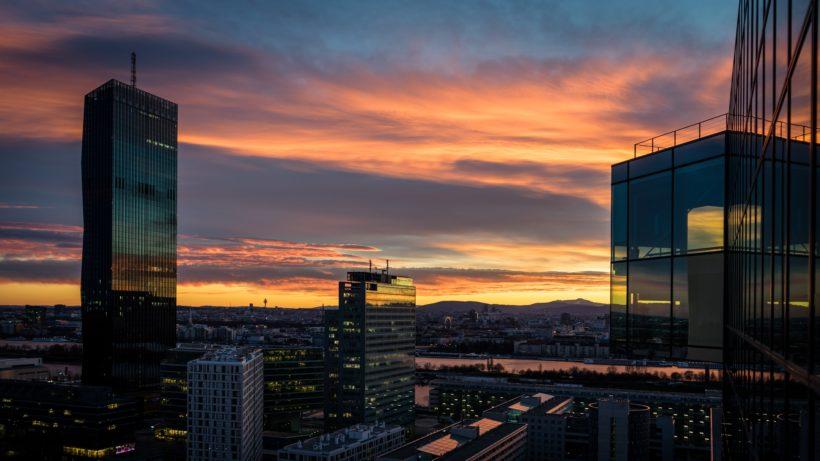 Wien am Abend. © Photo by Stefan Steinbauer on Unsplash