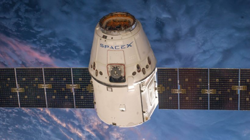© SpaceX-Imagery / Pixabay