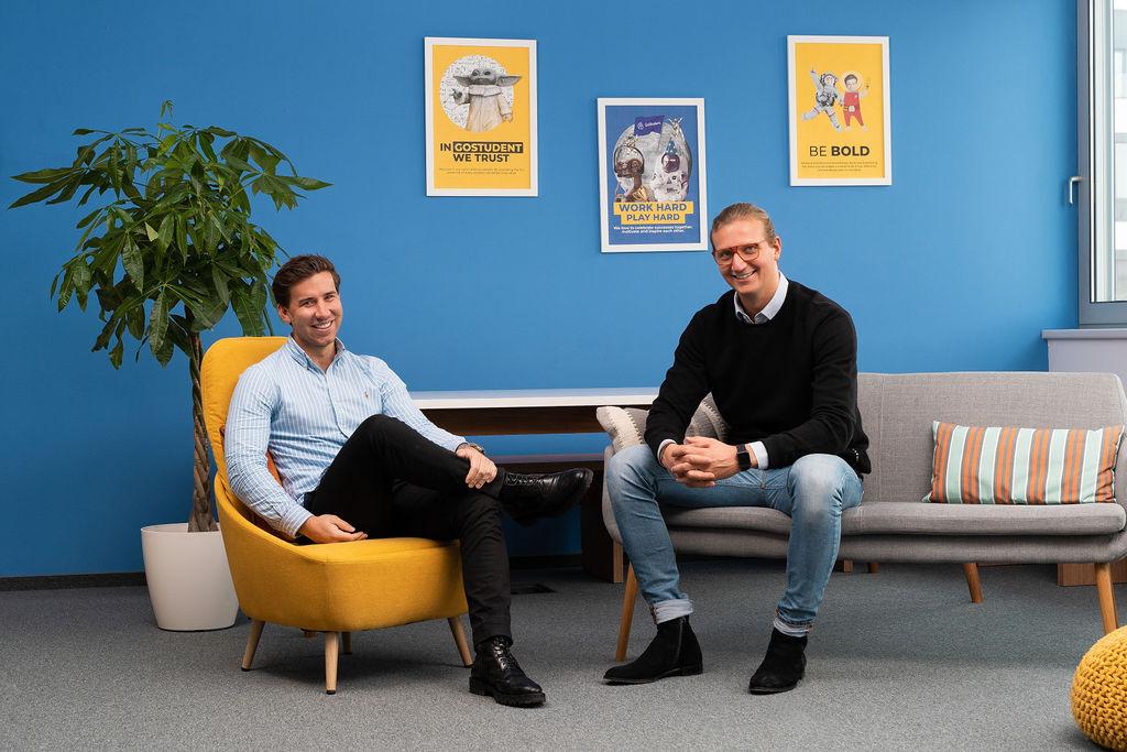 Gregor Müller (COO) und Felix Ohswald (CEO) von GoStudent. © GoStudent