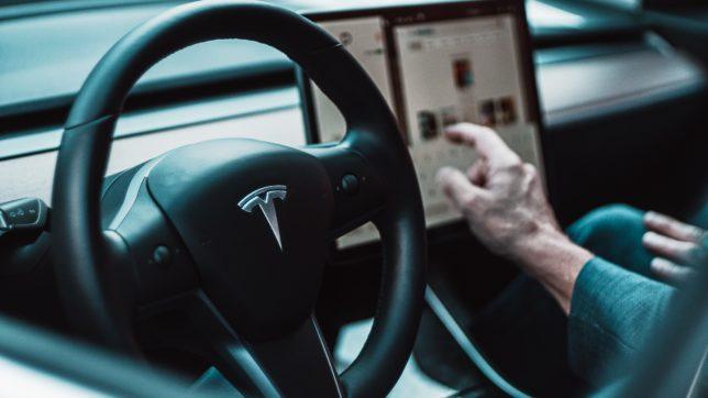 Tesla Model 3. © David von Diemar on Unsplash