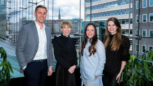 Maximilan Unger, Partner bei TheVentury, Nicole Stroj, Head of Organisational Innovation bei Raiffeisen Bank International AG, Aleksandra Petkov-Georgieva, Senior Innovation Manager bei Raiffeisen Bank International AG und Katharina Binder, Head of Accelerator bei TheVentury. © The Ventury