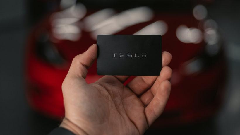 Tesla. © Lazaro Rodriguez on Unsplash