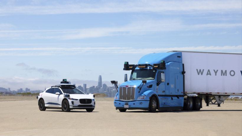 Selbstfahrende Autos und Trucks. © Waymo