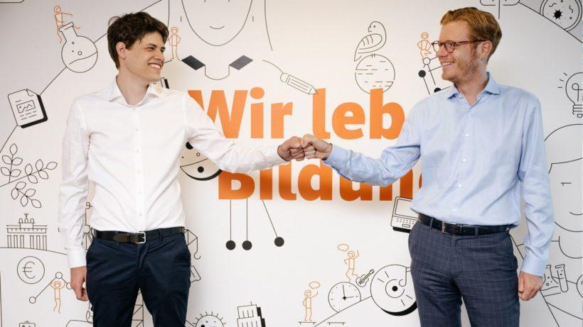 Leon Frischauf, Gründer von Studyly (links) und Maximilian Schulyok, Geschäftsführer des öbv (rechts). © IRYNA MURSELOVIC