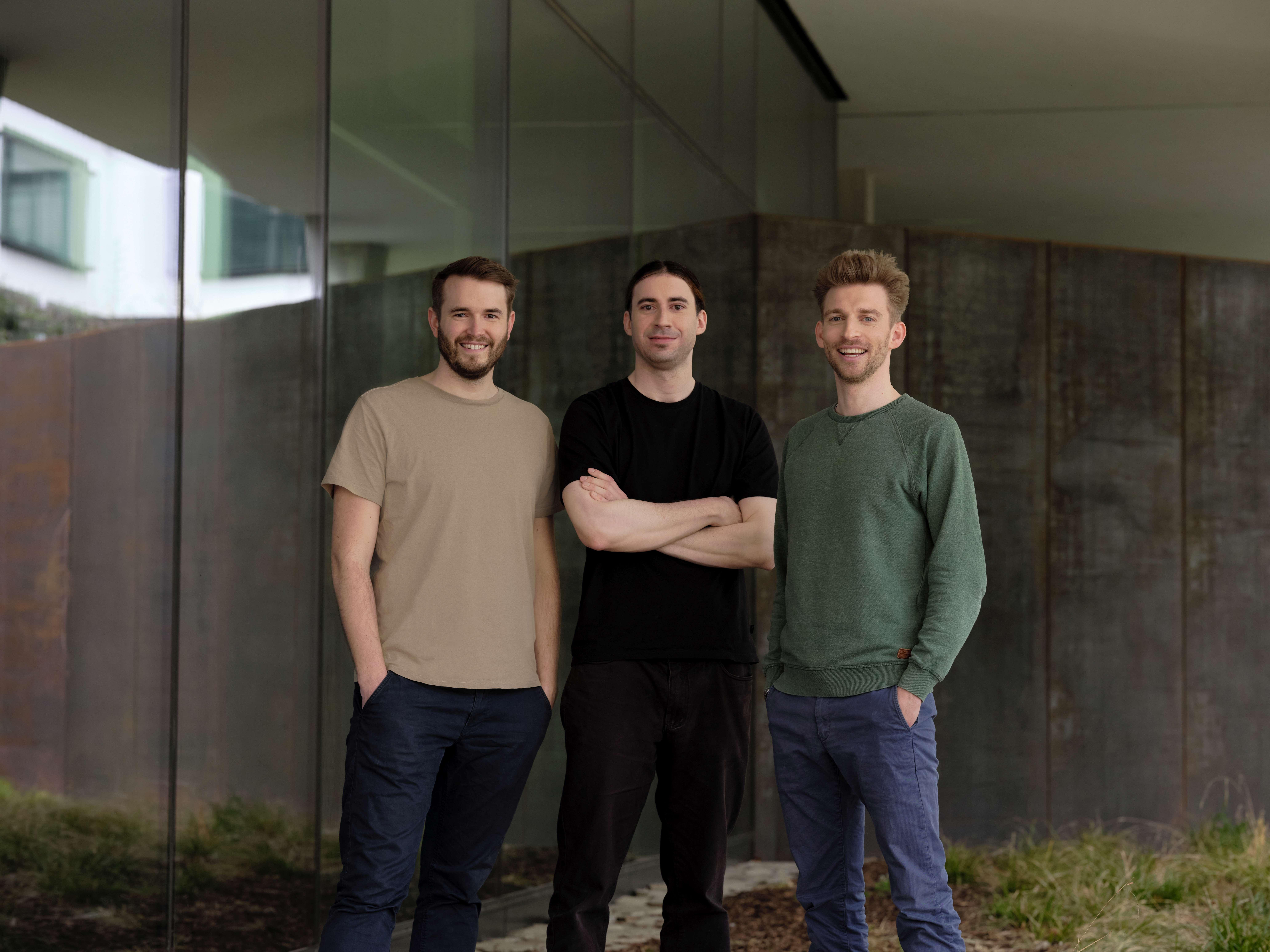 Die drei Gründer des Wiener Unternehmens. © refurbed