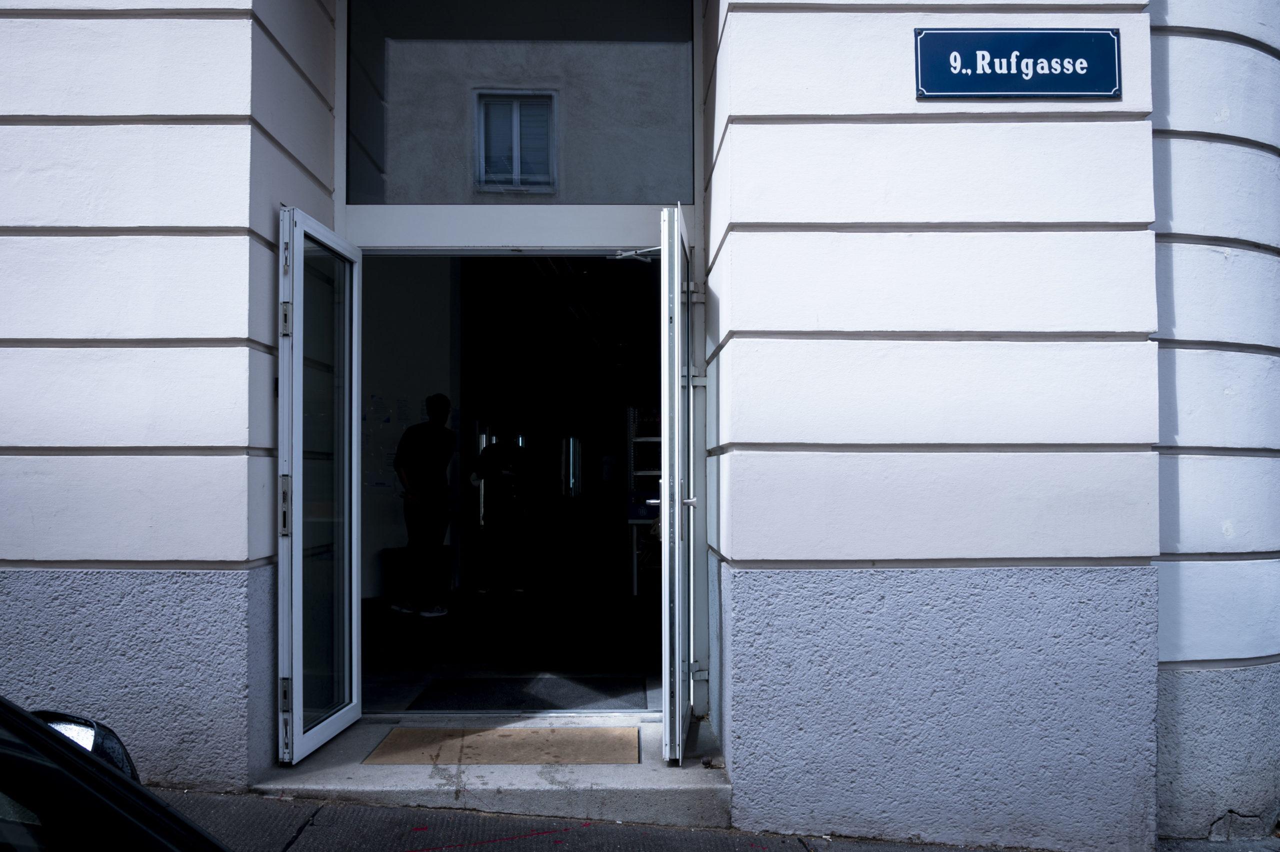 Der Eingang zum Dark Store ist nicht gekennzeichnet © Trending Topics / Julia Pabst