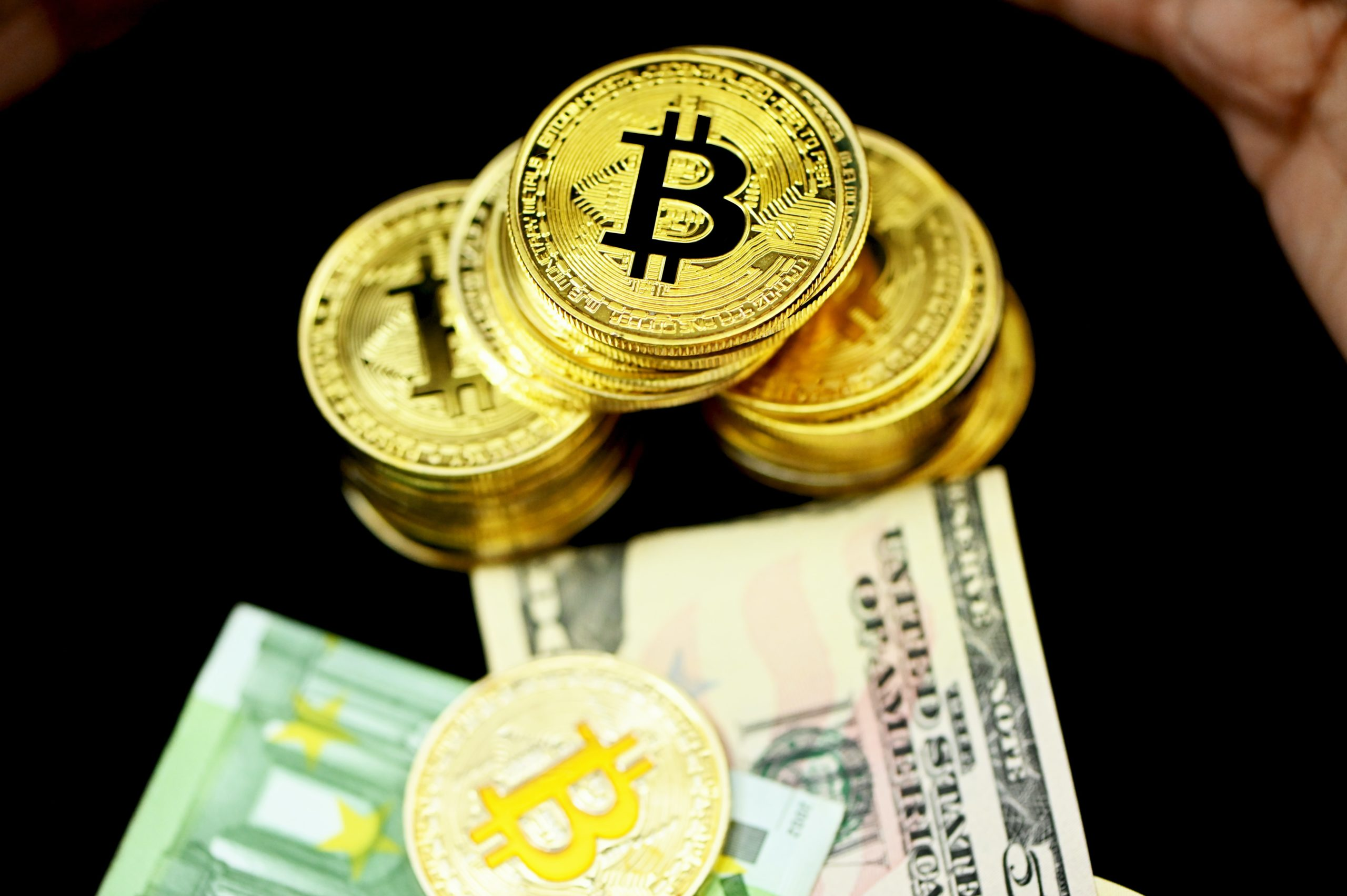 valore di bitcoin in libbre dragons den bitcoin trader deal