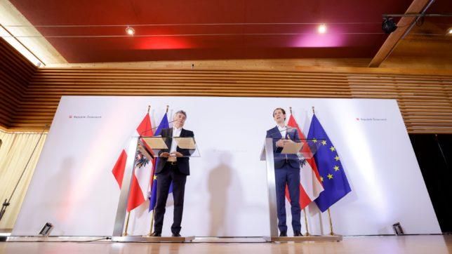 Bundeskanzler Sebastian Kurz mit Vizekanzler Werner Kogler. © Andy Wenzel/BKA
