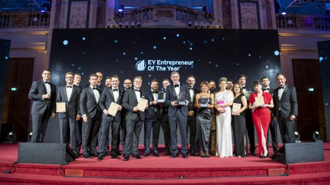 Die Preisträger:innen des EOY 2021. @ EY